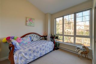 """Photo 14: 5980 OLDMILL Lane in Sechelt: Sechelt District Townhouse for sale in """"Edgewater"""" (Sunshine Coast)  : MLS®# R2243724"""