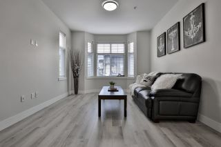"""Photo 8: 9 20852 77A Avenue in Langley: Willoughby Heights Townhouse for sale in """"ARCADIA"""" : MLS®# R2451330"""