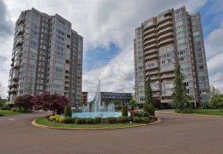 """Photo 1: 902 3170 GLADWIN Road in Abbotsford: Central Abbotsford Condo for sale in """"Regency Park Towers"""" : MLS®# R2327745"""