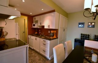 """Photo 10: 320 3080 LONSDALE Avenue in North Vancouver: Upper Lonsdale Condo for sale in """"KINGSVIEW MANOR"""" : MLS®# R2120342"""