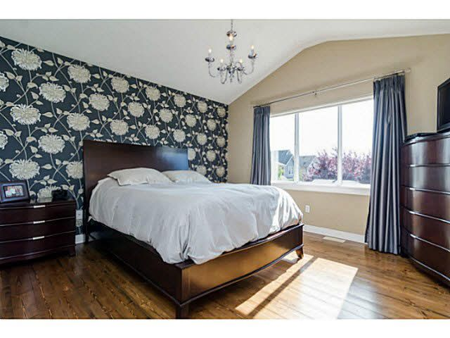 """Photo 9: Photos: 9396 WASKA Street in Langley: Fort Langley House for sale in """"BEDFORD LANDING"""" : MLS®# F1448746"""