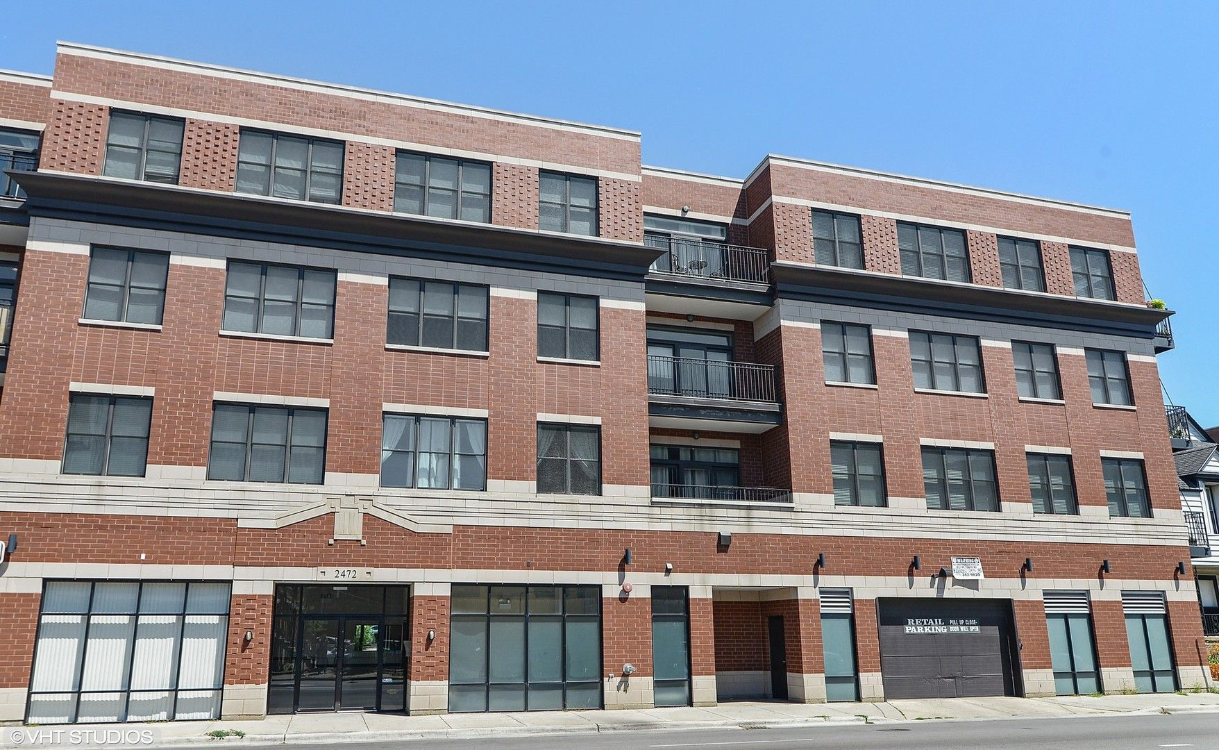 Main Photo: 2472 W FOSTER Avenue Unit 208 in Chicago: CHI - Lincoln Square Residential for sale ()  : MLS®# 11030245