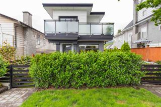 Photo 17: 210 E 18TH STREET in North Vancouver: Central Lonsdale 1/2 Duplex for sale : MLS®# R2372911
