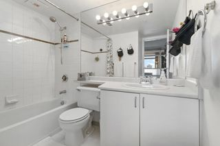 """Photo 16: 2208 438 SEYMOUR Street in Vancouver: Downtown VW Condo for sale in """"Conference Plaza"""" (Vancouver West)  : MLS®# R2610760"""