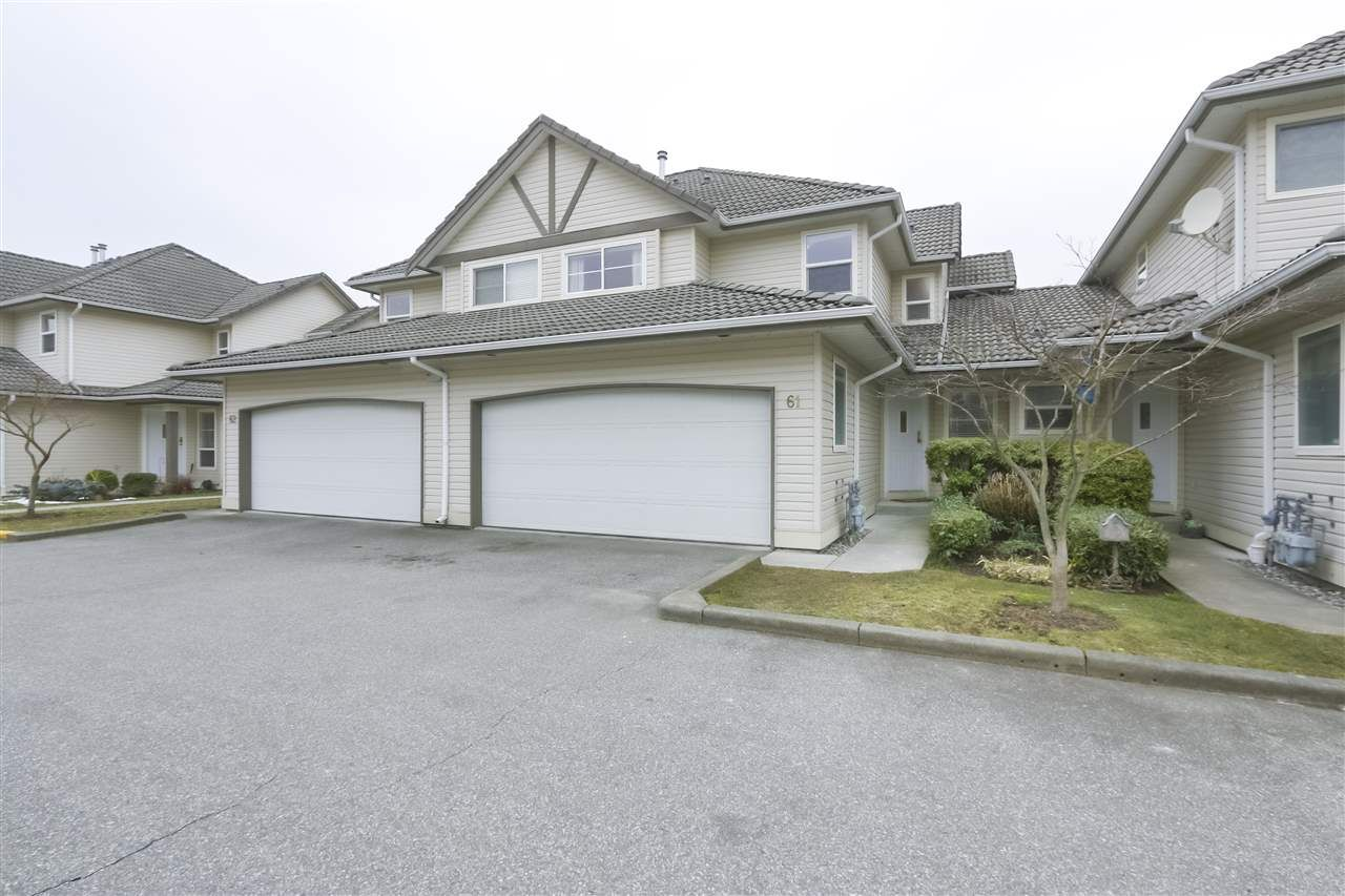 "Main Photo: 61 758 RIVERSIDE Drive in Port Coquitlam: Riverwood Townhouse for sale in ""RIVERLANE ESTATES"" : MLS®# R2444396"