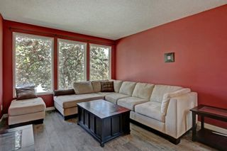Photo 4: 131 Woodridge Place SW in Calgary: Woodlands Detached for sale : MLS®# A1142990
