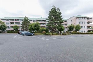 """Photo 1: 130 33173 OLD YALE Road in Abbotsford: Central Abbotsford Condo for sale in """"SOMMERSET RIDGE"""" : MLS®# R2307519"""