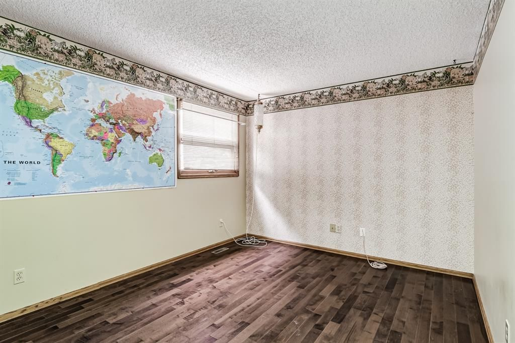 Photo 22: Photos: 156 Edgehill Close NW in Calgary: Edgemont Detached for sale : MLS®# A1127725