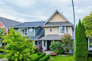 """Photo 2: 143 DOCKSIDE Court in New Westminster: Queensborough House for sale in """"THOMPSON LANDING"""" : MLS®# R2330315"""