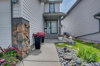 Photo 2: 3441 28 Street in Edmonton: Zone 30 House for sale : MLS®# E4248007