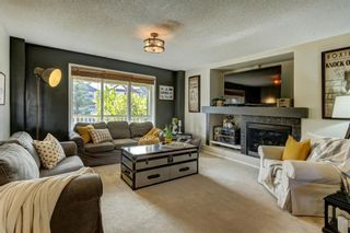 Photo 3: 283 Everglen Way SW in Calgary: Evergreen Detached for sale : MLS®# A1041697
