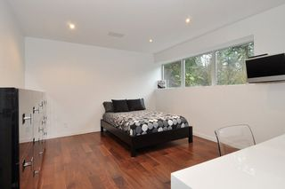 Photo 15: 5574 GALLAGHER Place in West Vancouver: Eagle Harbour House for sale : MLS®# R2139438