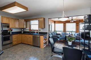 Photo 9: 28 Highcastle Crescent in Winnipeg: River Park South Residential for sale (2F)  : MLS®# 202124104