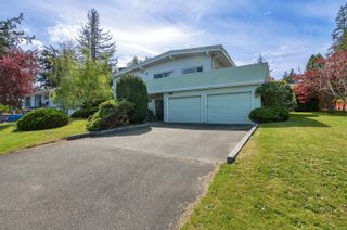 Photo 2: 232 McCarthy St in : CR Campbell River Central House for sale (Campbell River)  : MLS®# 874727