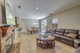 Photo 5: 2655 Torres Court in Palmdale: Residential for sale (PLM - Palmdale)  : MLS®# OC21136952