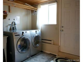 Photo 9: 2627 Killarney Rd in VICTORIA: SE Cadboro Bay House for sale (Saanich East)  : MLS®# 689454