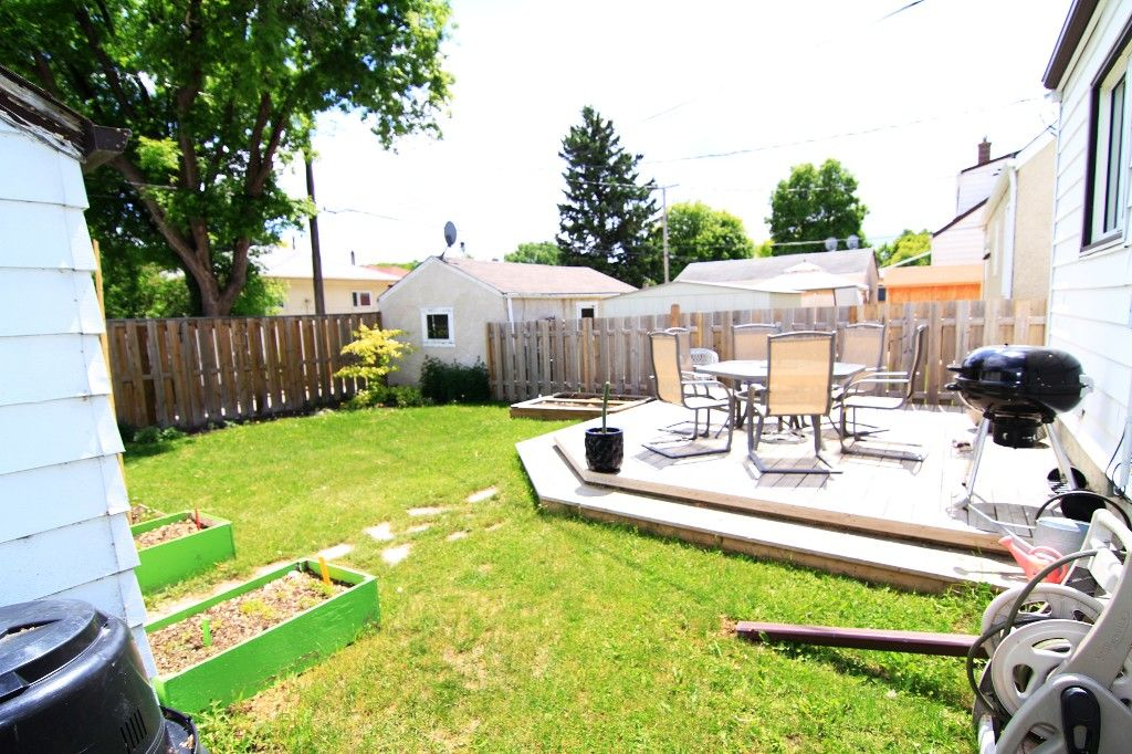 Photo 37: Photos: 1193 Ashburn Street in Winnipeg: West End / Wolseley Single Family Detached for sale (West Winnipeg)  : MLS®# 1313042