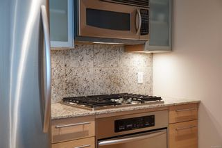 Photo 10: 318 68 Songhees Rd in : VW Songhees Condo for sale (Victoria West)  : MLS®# 886313