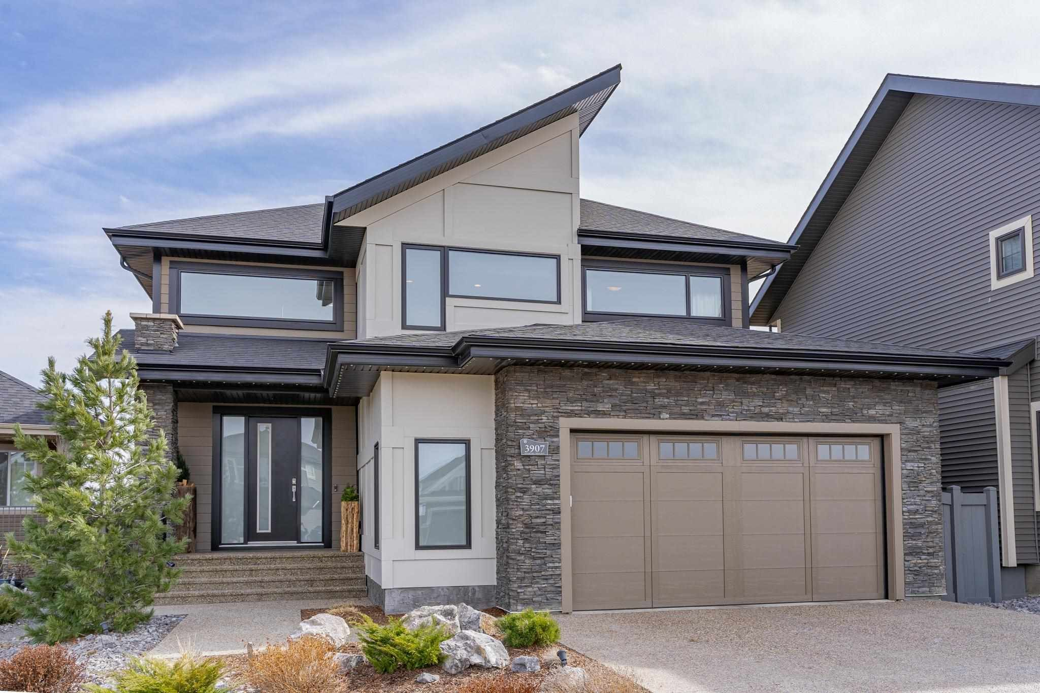 Main Photo: 3907 GINSBURG Crescent in Edmonton: Zone 58 House for sale : MLS®# E4257275