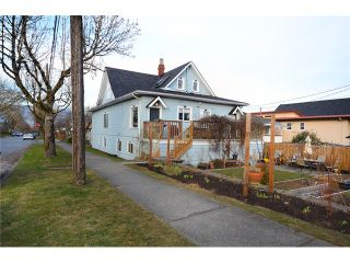 """Photo 13: 1306 E 18TH Avenue in Vancouver: Knight House for sale in """"Cedar Cottage 5-Plex"""" (Vancouver East)  : MLS®# V1095673"""