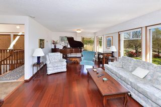 Photo 3: 3301 Argyle Pl in : SE Camosun House for sale (Saanich East)  : MLS®# 873581