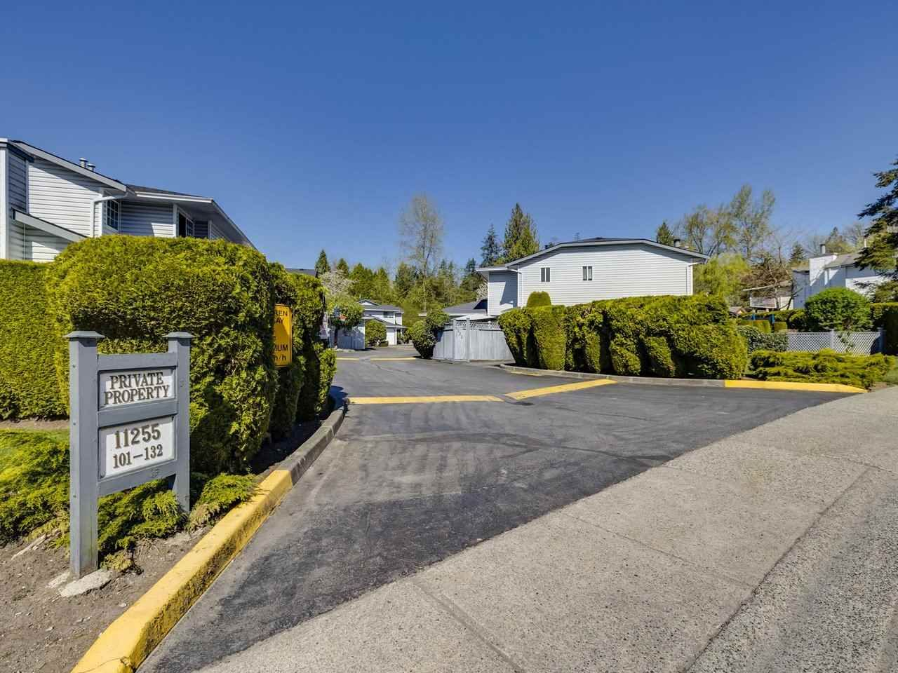 """Main Photo: 120 11255 HARRISON Street in Maple Ridge: Albion Townhouse for sale in """"RIVER HEIGHTS"""" : MLS®# R2570544"""