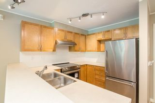 """Photo 2: 301 333 E 1ST Street in North Vancouver: Lower Lonsdale Condo for sale in """"Vista West"""" : MLS®# R2587736"""