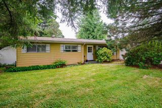 Photo 4: 26492 29 Avenue in Langley: Aldergrove Langley House for sale : MLS®# R2597876