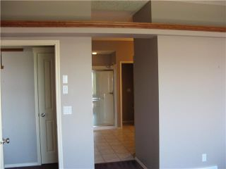 Photo 10: 46 EAGLEVIEW Heights in RED DEER: Cochrane Residential Attached for sale : MLS®# C3442597