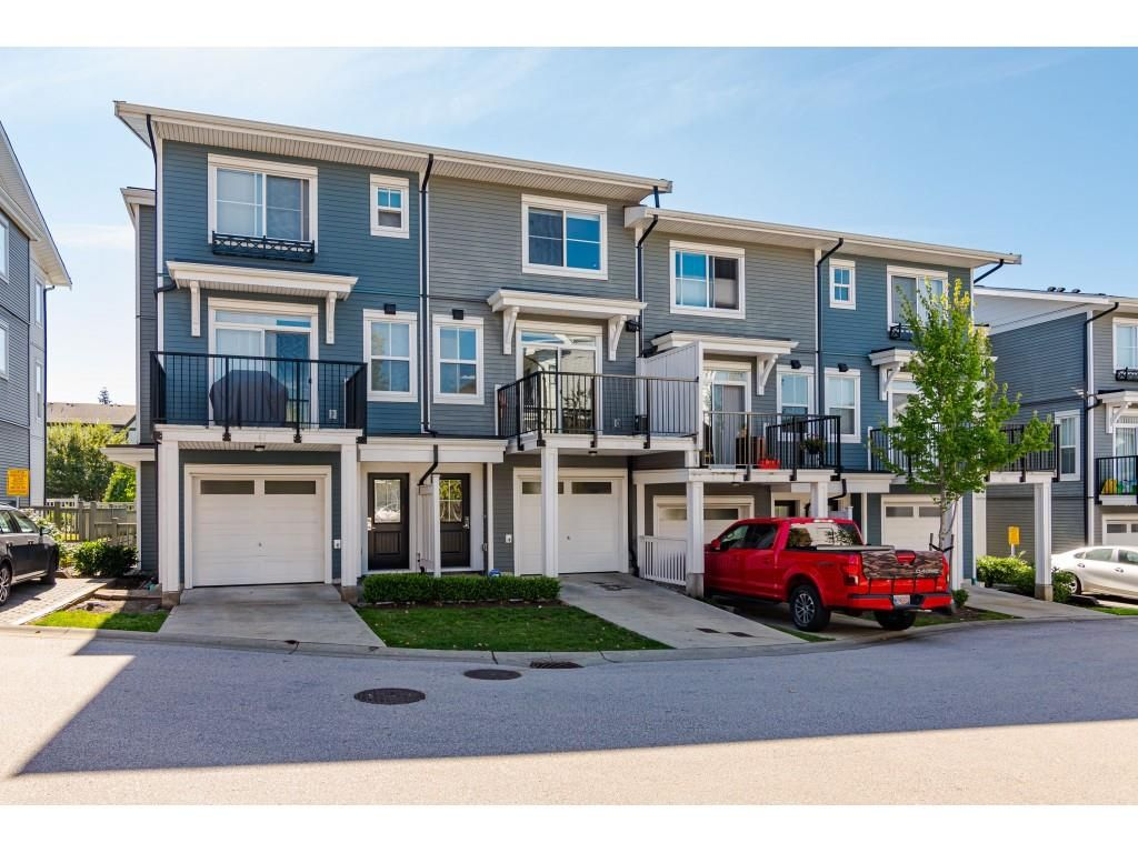 Main Photo: 60 10735 84 Avenue in Delta: Nordel Townhouse for sale (N. Delta)  : MLS®# R2493402