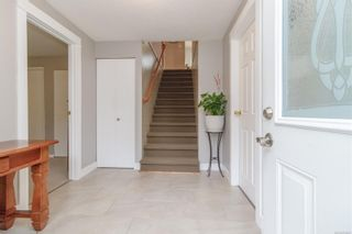 Photo 4: 1270 Persimmon Close in : SE Cedar Hill House for sale (Saanich East)  : MLS®# 874453