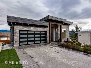 Photo 3: 2224 TIMBERLANE Drive: House for sale in Abbotsford: MLS®# R2527088