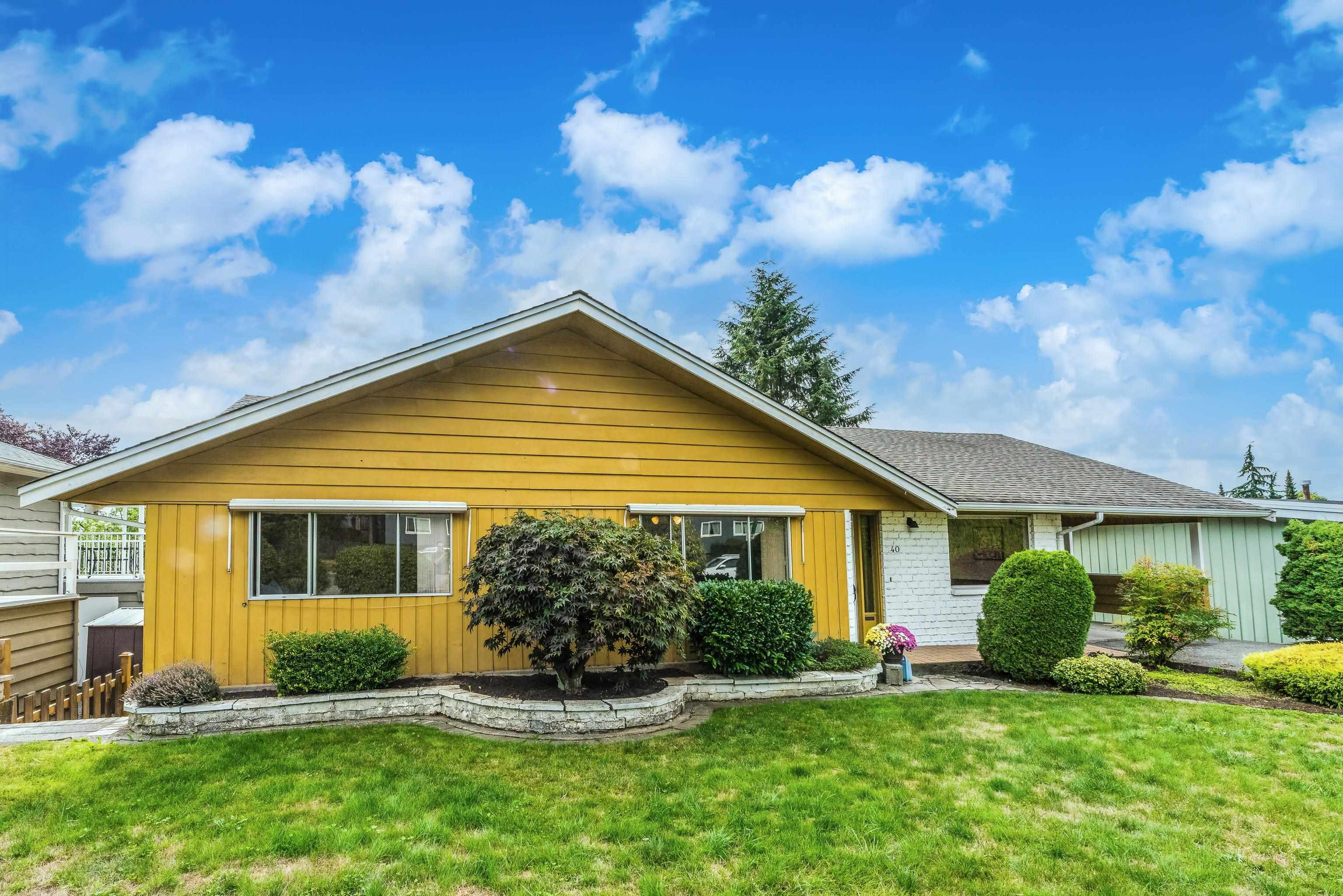 """Main Photo: 40 E TENTH Avenue in New Westminster: The Heights NW House for sale in """"Heights"""" : MLS®# R2617356"""