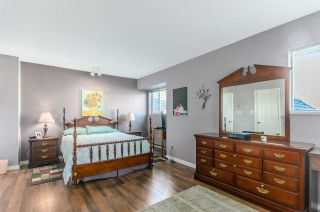 """Photo 12: 5346 LAUREL Way in Ladner: Hawthorne House for sale in """"Victory South"""" : MLS®# R2030940"""