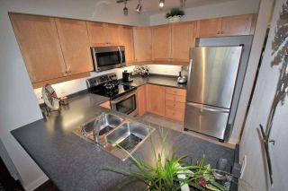 """Photo 8: 305 808 SANGSTER Place in New Westminster: The Heights NW Condo for sale in """"THE BROCKTON"""" : MLS®# R2294830"""