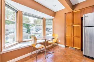 """Photo 17: 9279 GOLDHURST Terrace in Burnaby: Forest Hills BN Townhouse for sale in """"Copper Hill"""" (Burnaby North)  : MLS®# R2466536"""