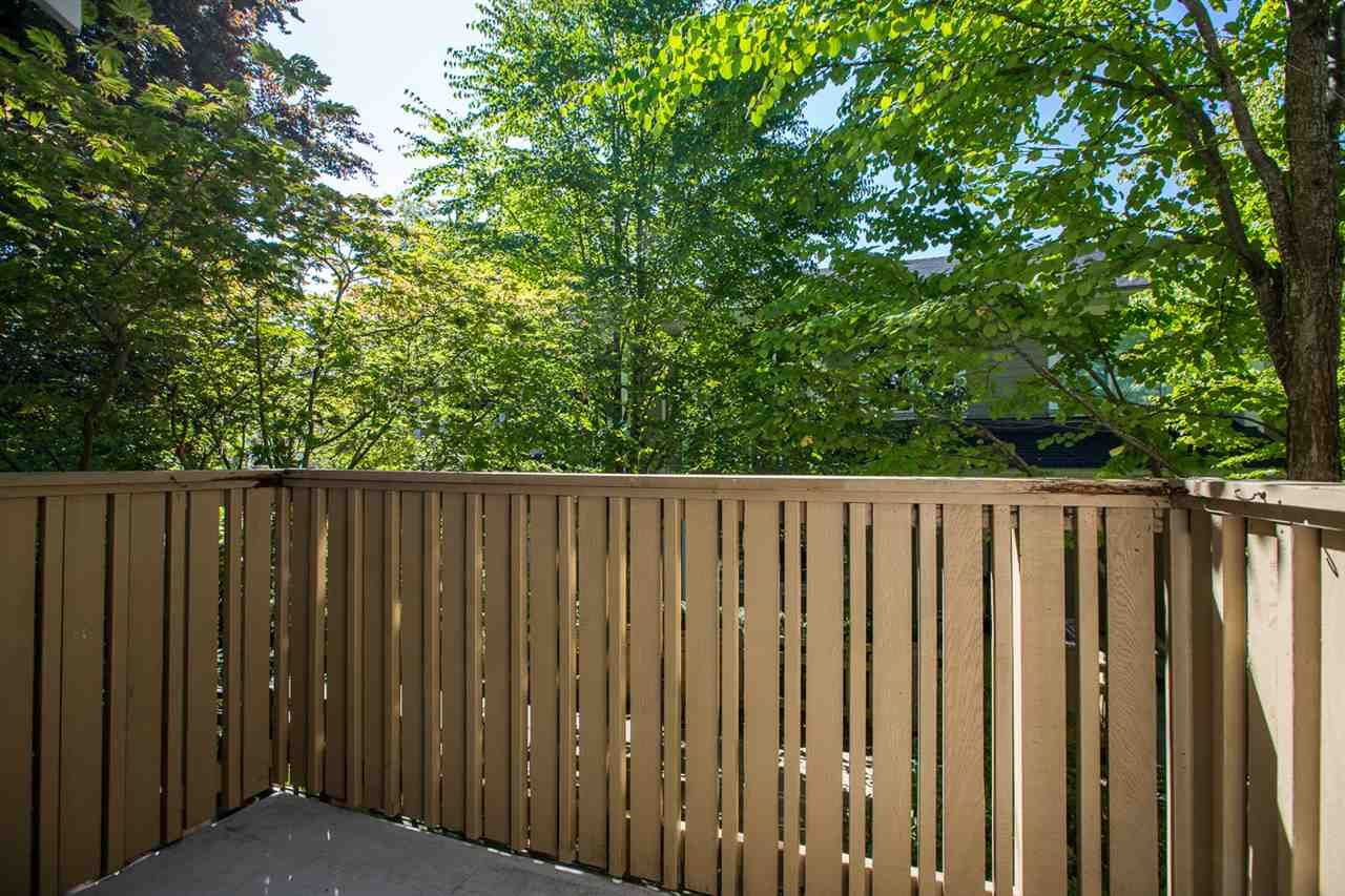 """Photo 32: Photos: 971 WESTBURY Walk in Vancouver: South Cambie Townhouse for sale in """"Churchill Gardens"""" (Vancouver West)  : MLS®# R2488294"""