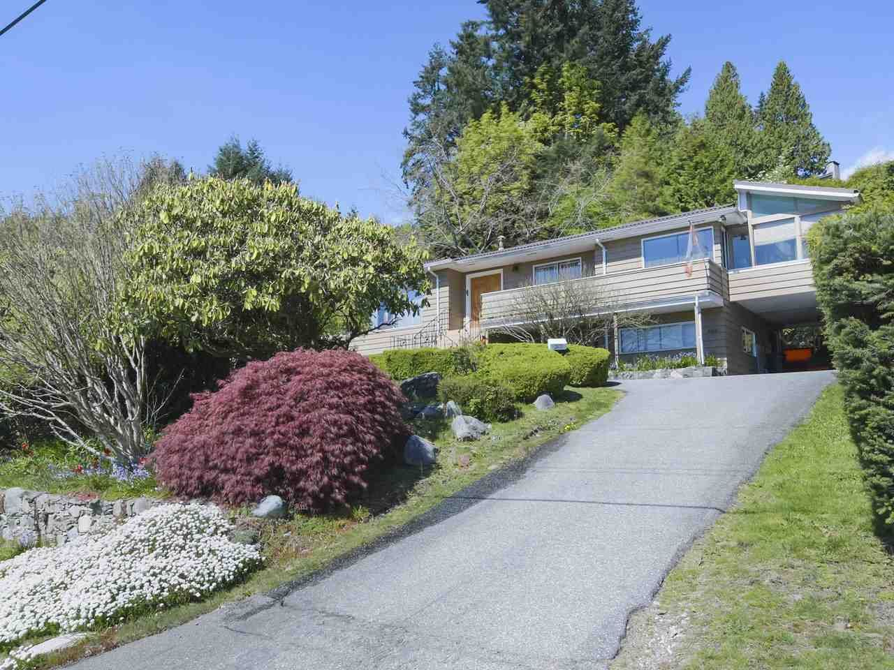 Main Photo: 2675 SKILIFT Place in West Vancouver: Chelsea Park House for sale : MLS®# R2449506