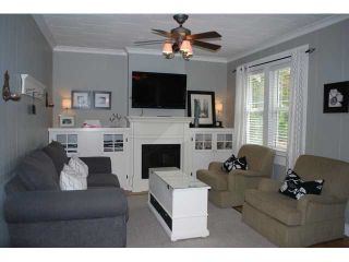 Photo 2: 20976 DEWDNEY TRUNK Road in Maple Ridge: Southwest Maple Ridge House for sale : MLS®# R2138903