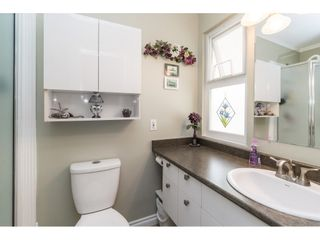 Photo 11: 18222 58B Avenue in Surrey: Cloverdale BC House for sale (Cloverdale)  : MLS®# R2395473