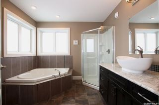 Photo 34: 514 Valley Pointe Way in Swift Current: Sask Valley Residential for sale : MLS®# SK834007