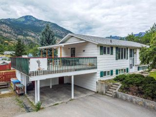 Photo 2: 57 MOUNTAINVIEW ROAD: Lillooet House for sale (South West)  : MLS®# 162949