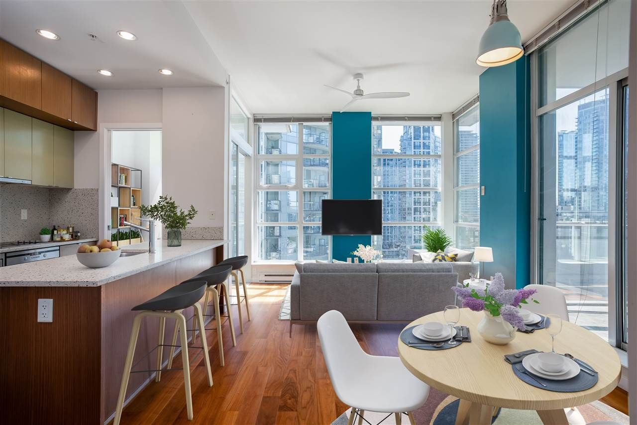 """Main Photo: 906 1205 HOWE Street in Vancouver: Downtown VW Condo for sale in """"The Alto"""" (Vancouver West)  : MLS®# R2578260"""