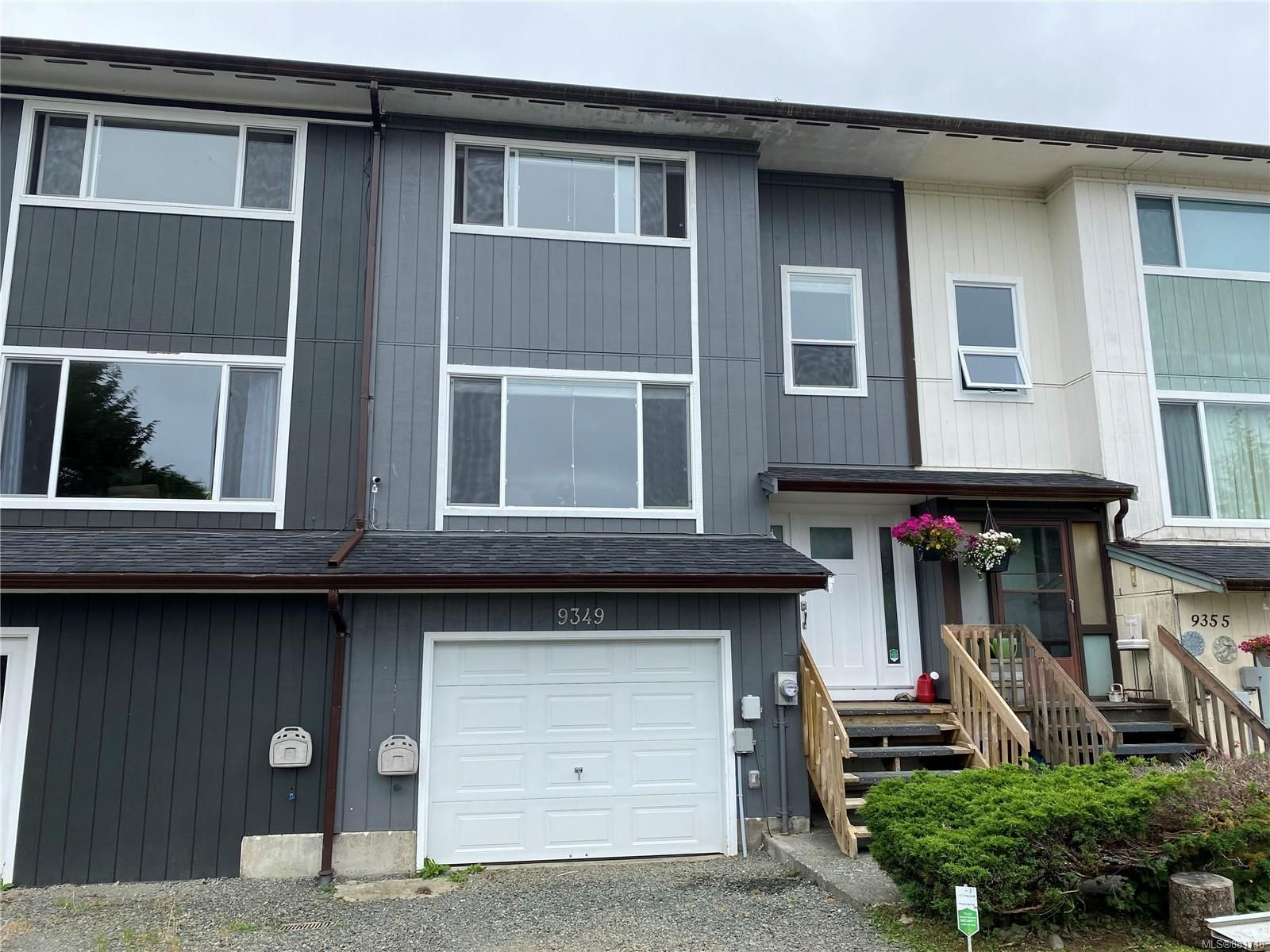 Main Photo: 9349 Carnarvon Rd in : NI Port Hardy Row/Townhouse for sale (North Island)  : MLS®# 881748