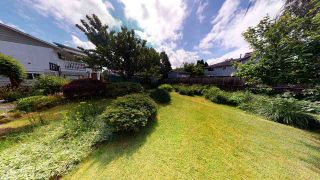 Photo 25: 5490 CHESTNUT Crescent in Delta: Delta Manor House for sale (Ladner)  : MLS®# R2463100