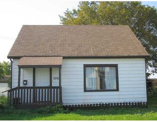 Photo 1: 1196 ALEXANDER Avenue in WINNIPEG: Brooklands / Weston Residential for sale (West Winnipeg)  : MLS®# 2818142