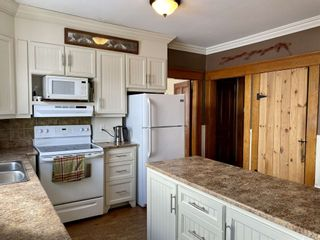 Photo 10: 306 Town Road in Falmouth: 403-Hants County Residential for sale (Annapolis Valley)  : MLS®# 202102892