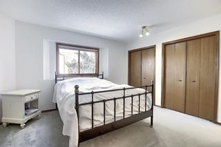 Photo 12: 152 Woodmark Crescent SW in Calgary: Woodbine Detached for sale : MLS®# A1054645