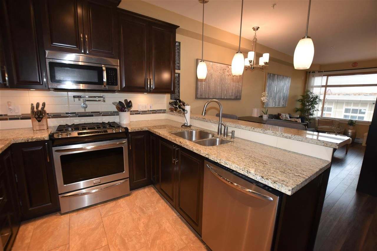 """Photo 9: Photos: 503 8157 207 Street in Langley: Willoughby Heights Condo for sale in """"York Creek Parkside II (Building B)"""" : MLS®# R2559343"""
