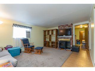 Photo 4: 68 9080 198 Street in Langley: Walnut Grove Manufactured Home for sale : MLS®# R2373113